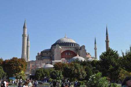 Die Hagia Sophia in Istanbul. Bau und Kult.
